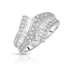 18KT White Gold 1.23ctw Diamond Ring