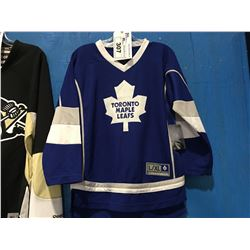 NHL TEAM APPAREL TORONTO MAPLE LEAFS LADIES JERSEY (SIZE XL)