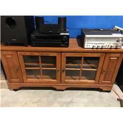 OAK GLASS FRONT TV ENTERTAINMENT CABINET
