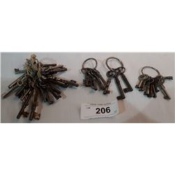 COLLECTION OF ANTIQUE FURNITURE SKELETON KEYS