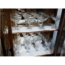 SET OF 8 CRYTAL STEMWARE