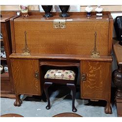 BEAUTIFUL OAK ARTS & CRAFTS DROP FRONT DESK
