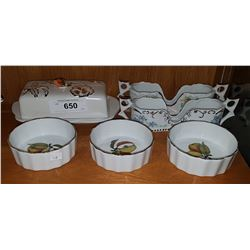 LOT OF ROYAL WORCESTER DISHES ETC