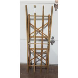 ANTIQUE FOLDING WASH TUB STAND