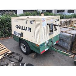 SULLAIR MODEL 1250 PQ-KUV SER #004-105761 COMPRESSOR