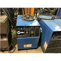 MILLER DELTA WELD 300 CONSTANT VOLTAGE DC WELDING POWER SOURCE