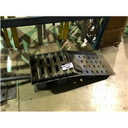 PAIR OF HEAVY DUTY MOBILE CAR RAMPS