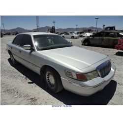 2001 - MERCURY GRAND MARQUIS // SALVAGE TITLE