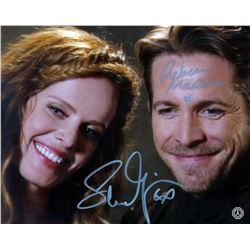 Once Upon a Time Robin Hood & Zelena Photo Signed by R. Mader, S. Maguire