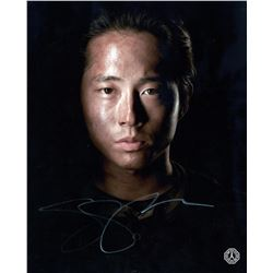 Walking Dead, The - Glenn Photo Signed by Steven Yeun