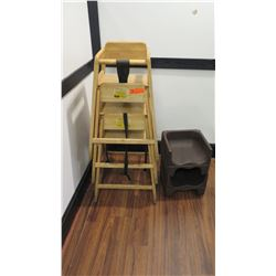 3 Wooden High Chairs & 2 Plastic Booster Seats