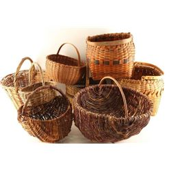 Lot of 8 Baskets