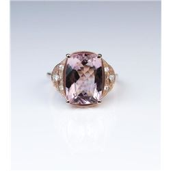 Sophisticated Morganite & Diamond Ring