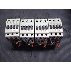 SIEMENS 3TF3200-0A CONTACTOR *LOT OF 4*