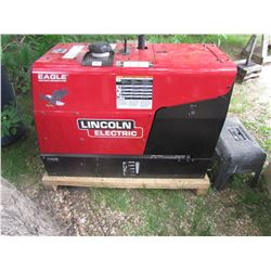 BRAND NEW LINCOLD ELECTRIC GAS POWERED WELDER/GENERATOR