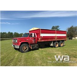 1985 GMC 7000 TAG AXLE GRAIN TRUCK