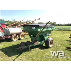 JOHN DEERE 602 S/A FERTILIZER SPREADER
