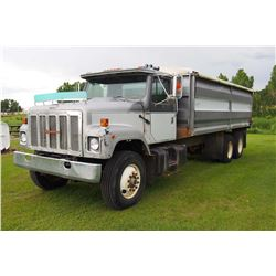 1988 International S2500 Tandem Truck, 466 Diesel Engine, 400 Hours On Rebuilt Engine, 24' B&H W/Tar