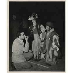 Vincente Minnelli behind-the-scenes photograph from Meet Me in St. Louis.