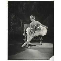 Vincente Minnelli (225+) photographs and negatives of reference & research images for film projects.