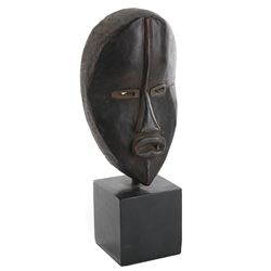 Vincente Minnelli Dan-style African mask from Goodbye Charlie.
