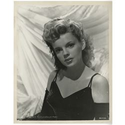 Judy Garland (14) production and portrait photographs.