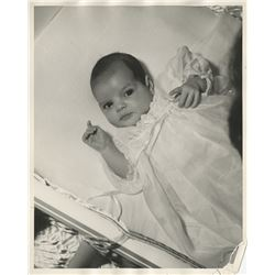 Baby Liza Minnelli (35) photographs by John Engstead and others.