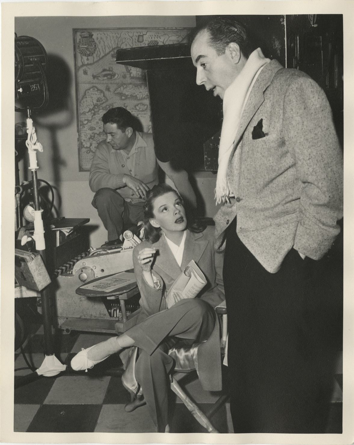 Judy Garland candid photograph with Vincente Minnelli on the set of ...