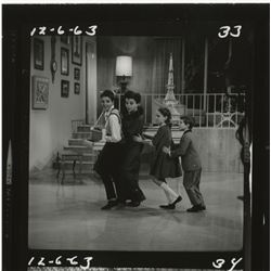 The Judy Garland Show (26) contact sheets for her 1963 Christmas special with Liza Lorna & Joey.