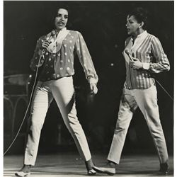 Judy Garland and Liza Minnelli (8) oversize photographs from their 1963 performance by T.O. Neill.