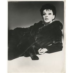 Judy Garland iconic photograph for Blackglama Furs by Richard Avedon.