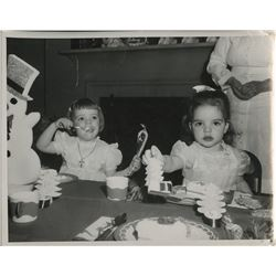 Liza Minnelli (20+) photographs from childhood birthday parties.