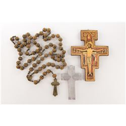 Liza Minnelli personal (6) crucifixes and religious items.