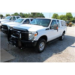 2015 FORD F250 Pickup Truck; VIN/SN:1FT7X2B64FEB07197 -:- 4x4, ext. cab, V8 gas, A/T, AC, Warn VR120