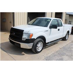 2014 FORD F150 Pickup Truck; VIN/SN:1FTEX1CMXEFA85343 -:- ext. cab, V6 gas, A/T, AC, bed cover, bed