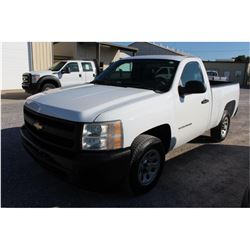 2011 CHEVROLET 1500 Pickup Truck; VIN/SN:1GCNCPEA7BZ327615 -:- V8 gas, A/T, AC, 38,852 miles