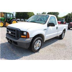 2006 FORD F250 Pickup Truck; VIN/SN:1FTNF20596EA59880 -:- V8 gas, A/T, AC, 51,233 miles