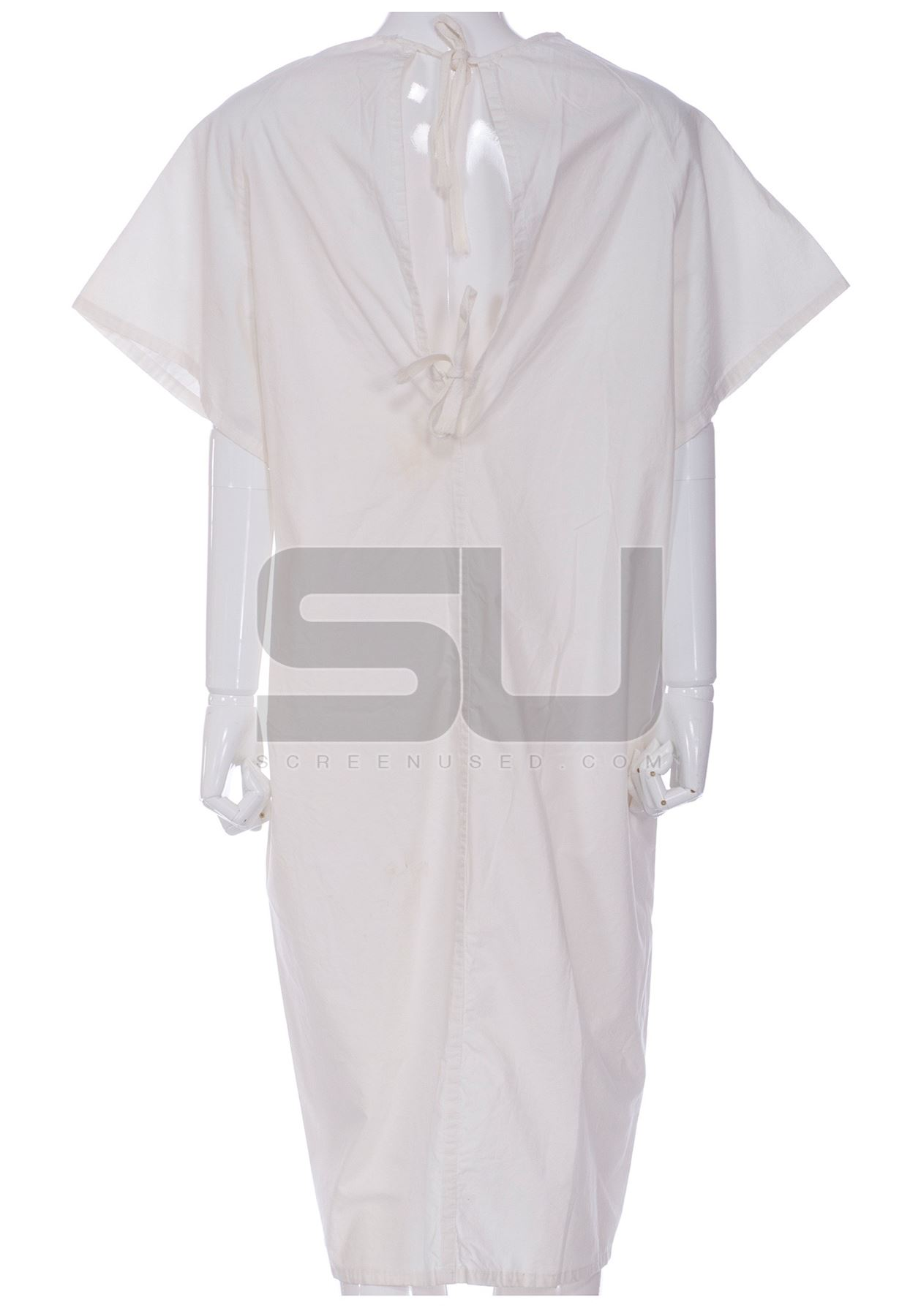 Girl, Interrupted - Susanna\'s Hospital Gown (Winona Ryder)