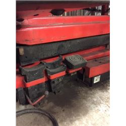 Set of Hydraulic Jack 8000lbs (lift 3' to 4' ) John Bean formely Snap On