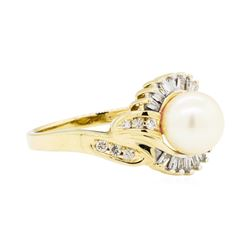 0.25 ctw Diamond and Pearl Ring - 14KT Yellow Gold