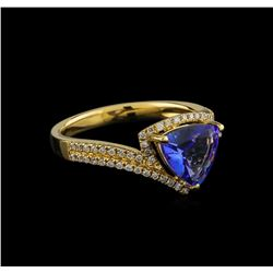 14KT Yellow Gold 1.03 ctw Tanzanite and Diamond Ring