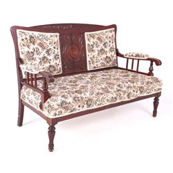 Late 19th Century Edwardian Settee