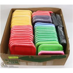 LOT WITH MANY PACKAGES OF ASSORTED COLOR SNACK