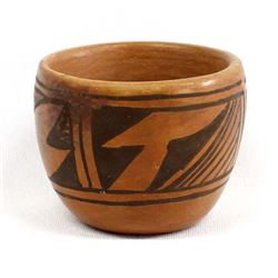 Small Hopi Pottery Jar by Annette Silas 1906-1984