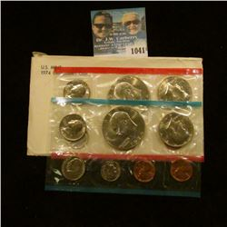 1041 _ 1974 P & D U.S. Mint Set in original government holder as issued.