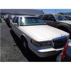 LINCOLN TOWN CAR 1997 L/S-DONATION