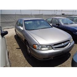 NISSAN ALTIMA 2000 O/S T-DONATION