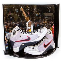 "Kobe Bryant Signed Nike Hyperdunk OG USA LE Basketball Shoes Inscribed ""2x Gold"" with Custom Curve D"