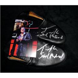 Amerian Idol's Taylor Hicks Signed Shoes
