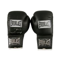 Michael B Jordan Signed Boxing Gloves (Creed)